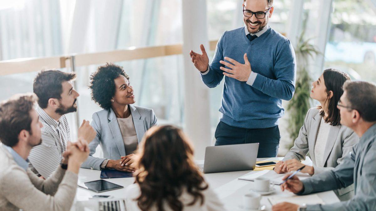 O que faz um gestor de recursos humanos?