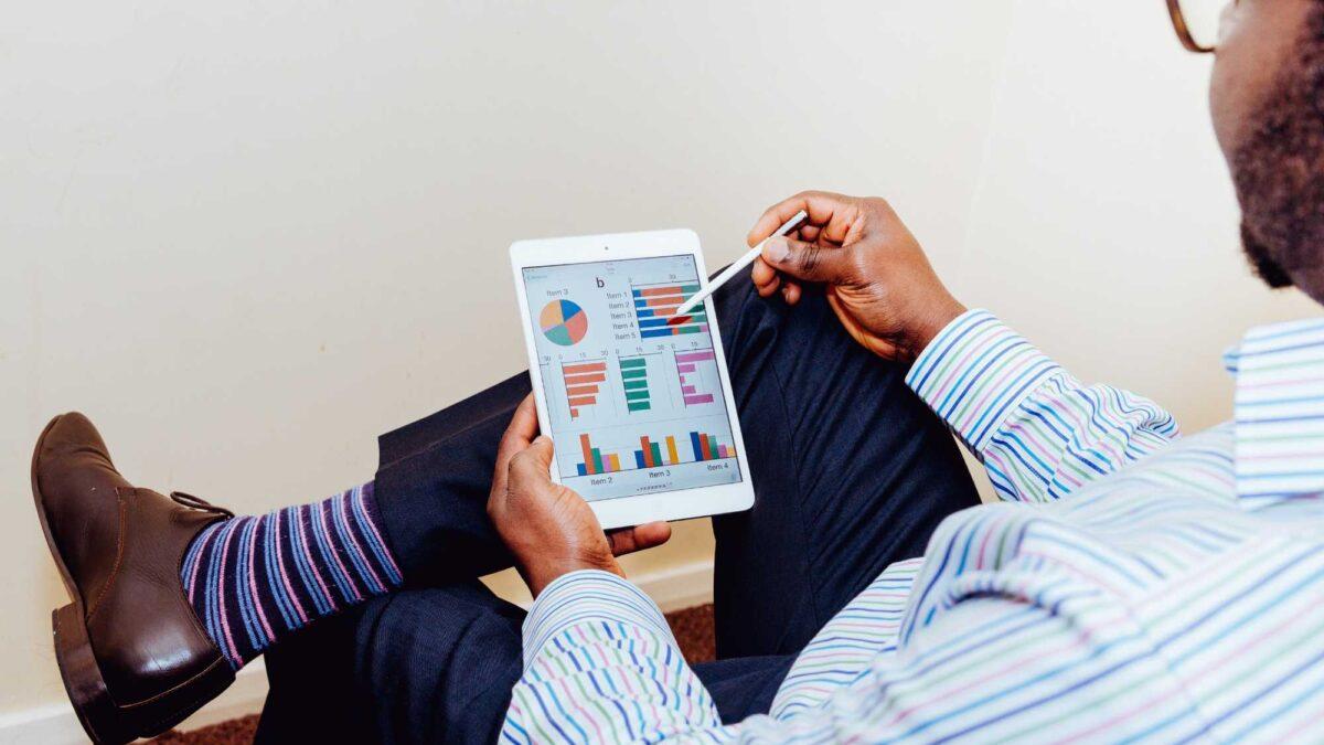 Especialização em marketing EAD: como atuar no mercado?
