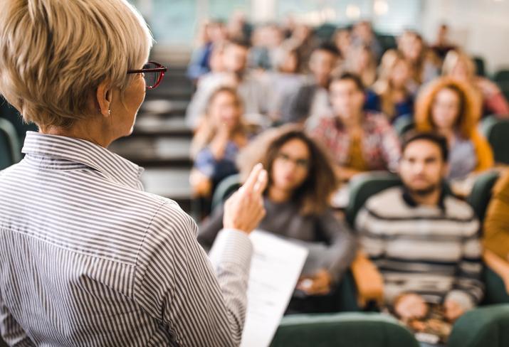 Qual a melhor especialização em Direito? Confira os melhores cursos