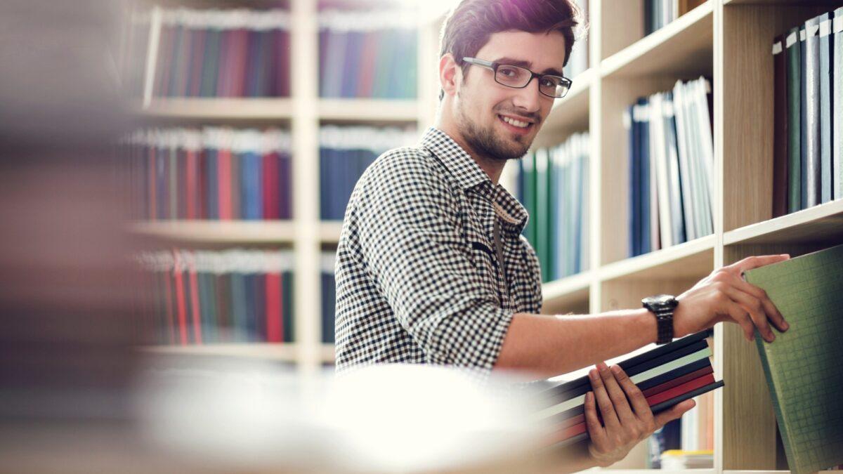 Entenda os benefícios da pós-graduação modular da Uninter