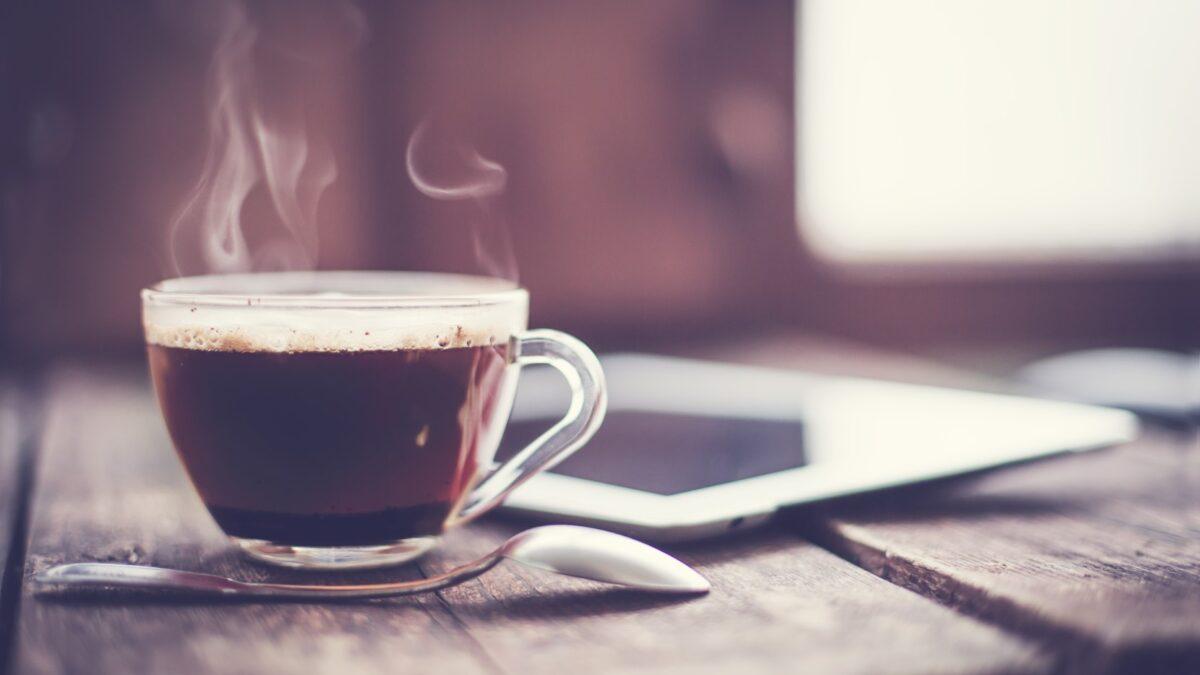 Opinião: estamos tomando mais café que o normal?